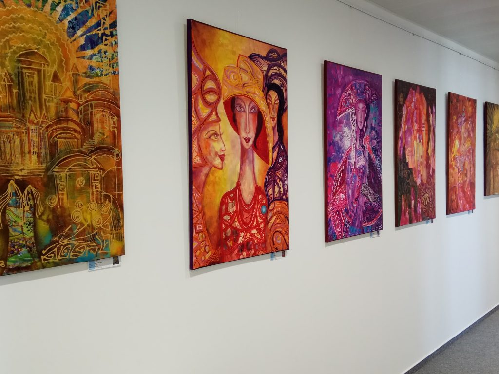 """Exhibition of colour and love """"Gioia di vivere"""" - Accace Slovakia"""